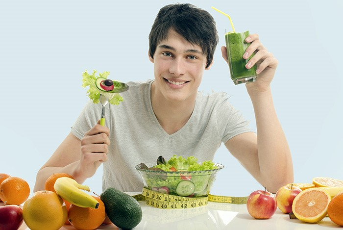 Một chế độ ăn uống lành mạnh cùng thói quen sinh hoạt tốt sẽ giúp ngăn ngừa sự xuất hiện của ung thư tinh hoàn
