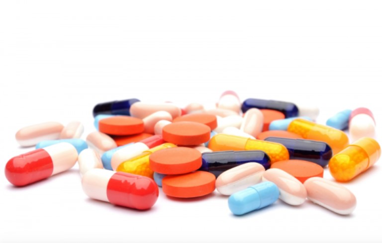 Người đang dùng thuốc kháng sinh dễ bị nấm dương vật hơn so với người thường