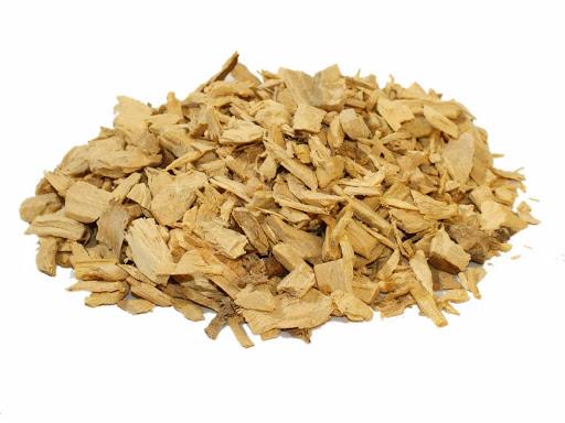 Sắc nước Bá bệnh từ rễ hoặc vỏ cây giúp trị yếu sinh lý ở nam giới